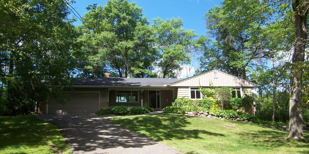 2345 Sheridan Terrace