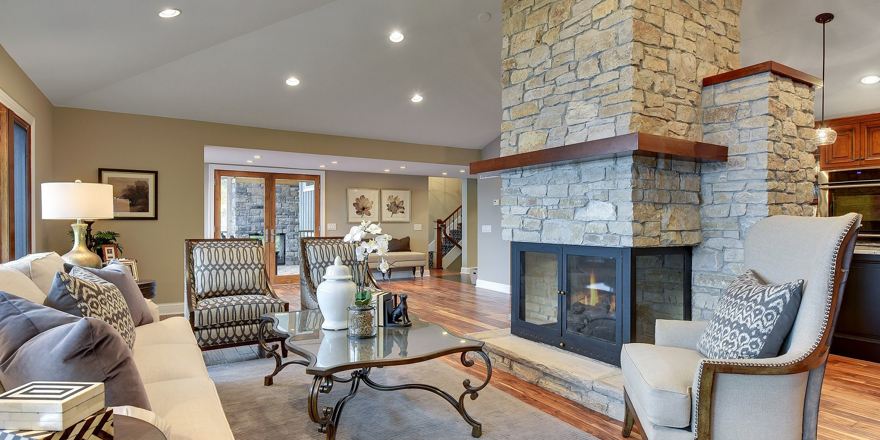 27475 Maple Ridge Lane, Shorewood, MN 55331