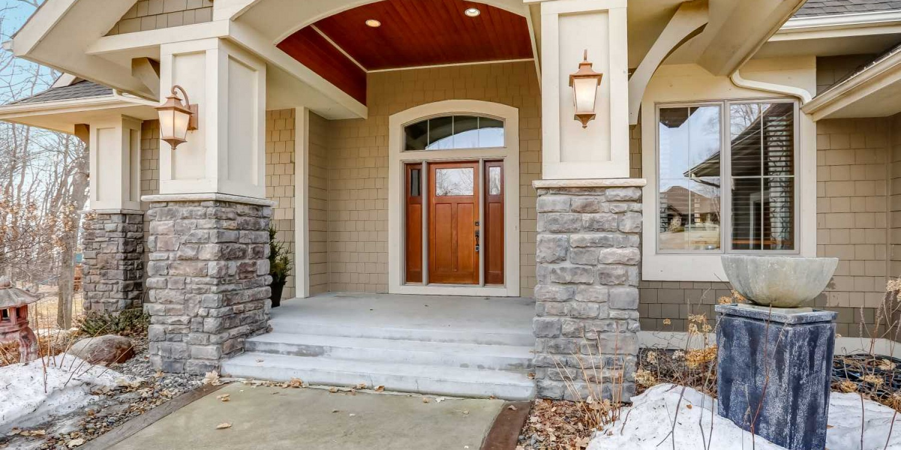 27725 VIRGINIA COVE, SHOREWOOD, MN 55331