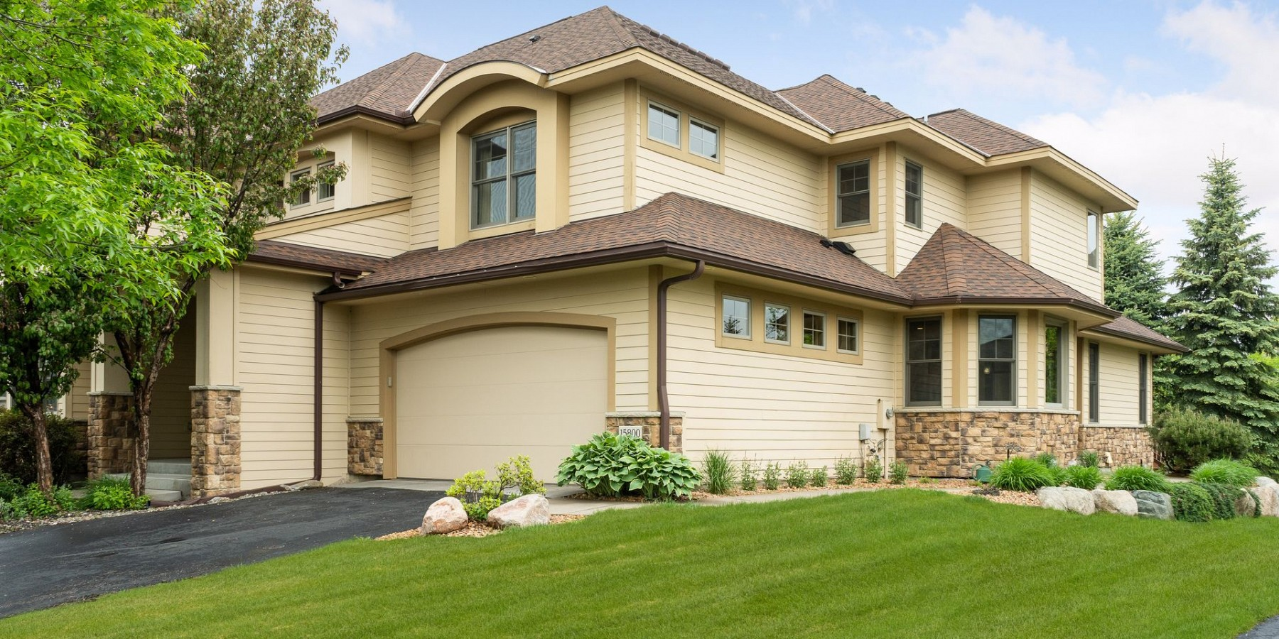 15800 50TH PLACE NORTH, PLYMOUTH, MN 55446